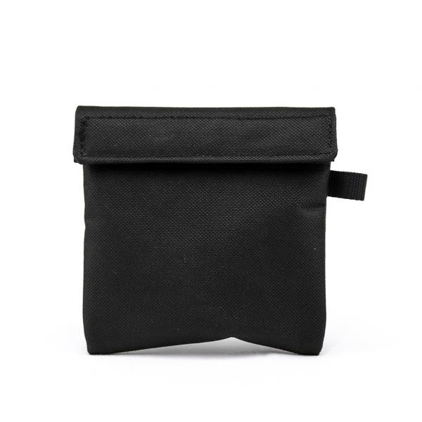 The Mini odour-absorbing pocket pouch (1 unit)